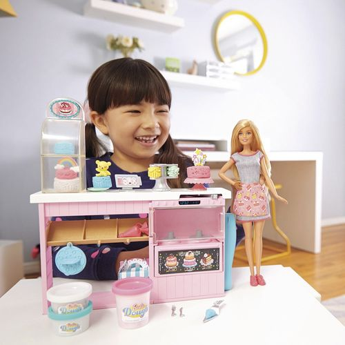 GFP59_Boneca_Barbie_com_Playset_Chef_de_Bolinhos_Mattel_2