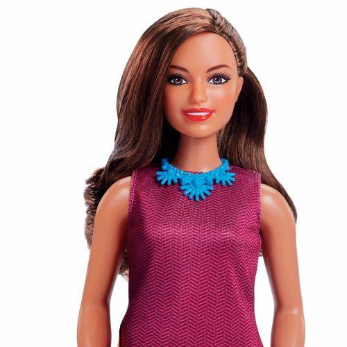 GFX23_Boneca_Barbie_Profissoes_Especial_60_Anos_Jornalista_Mattel_2