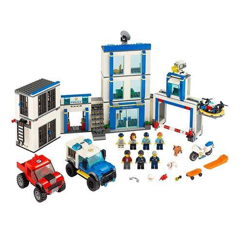 LEGO_City_Delegacia_de_Policia_60246_2