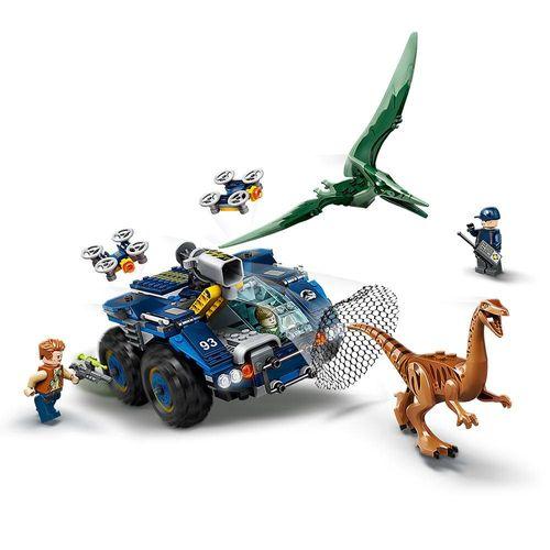 LEGO_Jurassic_World_Fuga_de_Gallimimus_e_Pteranodonte_75940_2