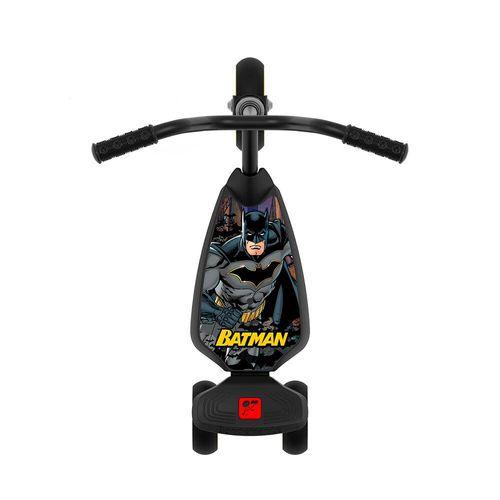 3120-Patinete-com-3-Rodas-Batman-Bandeirante-2